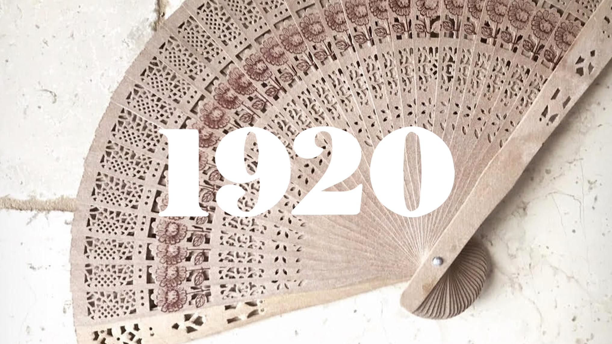Il logo del brand 1920 Vintage Bridal Salon e un ventaglio oggetto dell'operazione di influencer marketing.